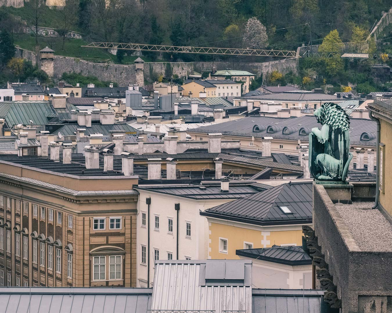 The lion statue on top of the concert hall appeared in the sound of music movie