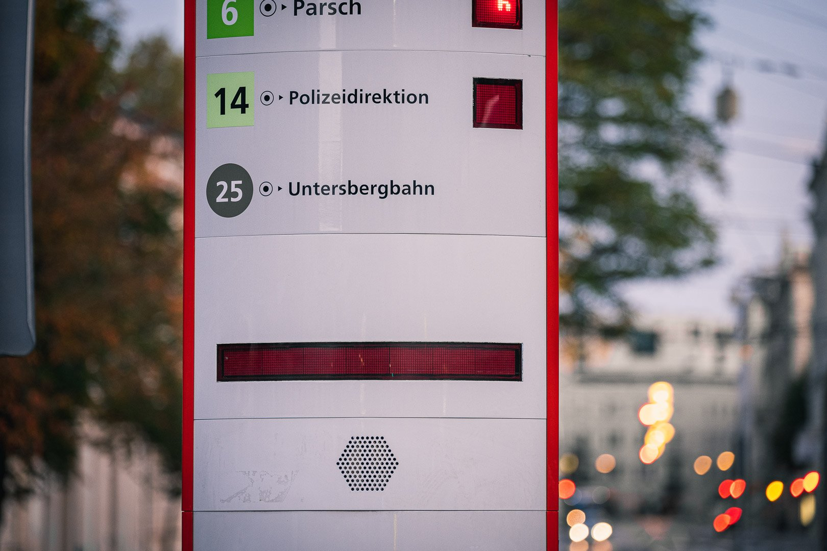 Sign for bus 25 at Mirabell square