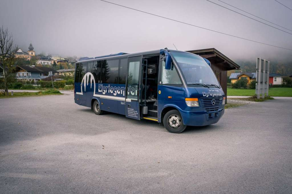 Der Shuttlebus zu den Eishöhlen