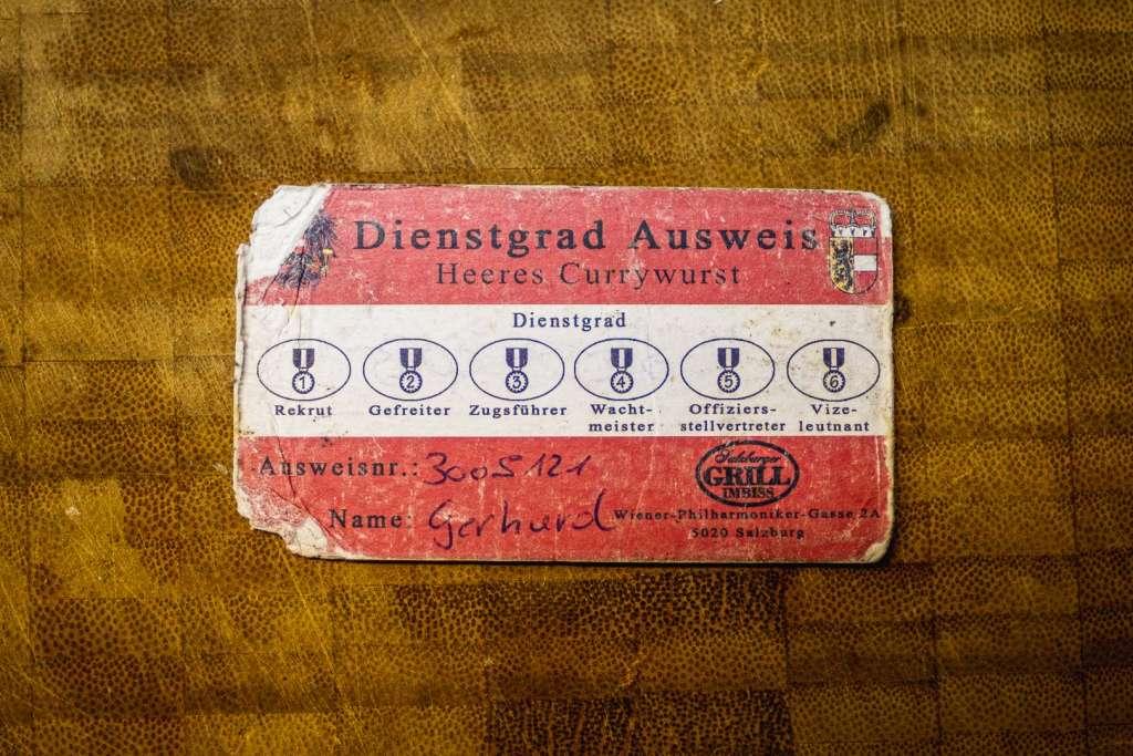 Heeres Currywurst Dienstgrad Ausweis vom Salzburger Grill Imbiss