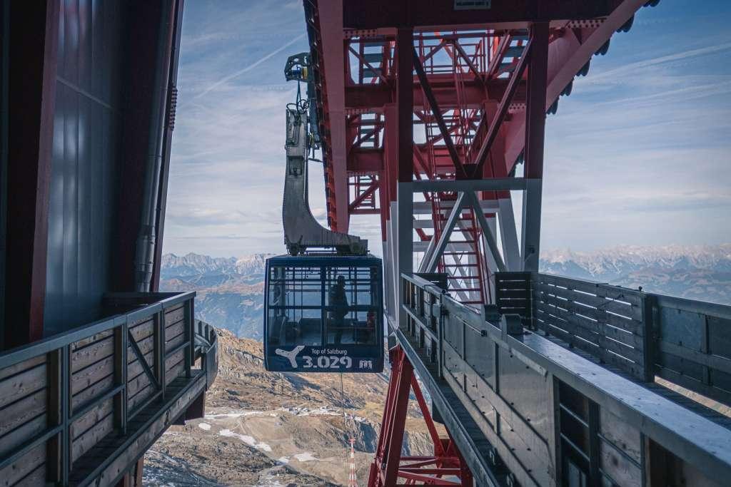 Cable Car Gletscherjet 3 to Kitzsteinhorn