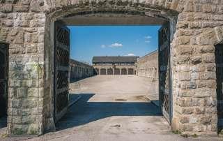 Eingang zum Konzentrationslager Mauthausen