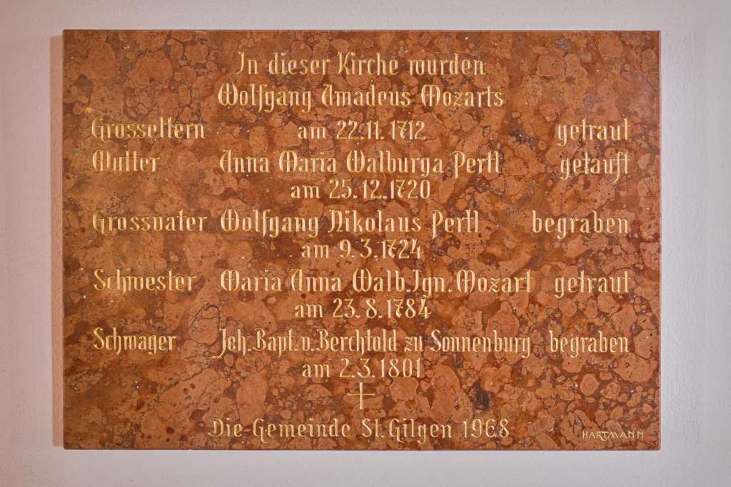 Mozart Denkmal bei der Kirche in Sankt Gilgen im Salzkammergut