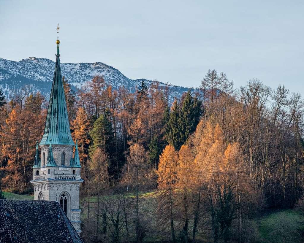 Turm der Franziskanerkirche in Salzburg
