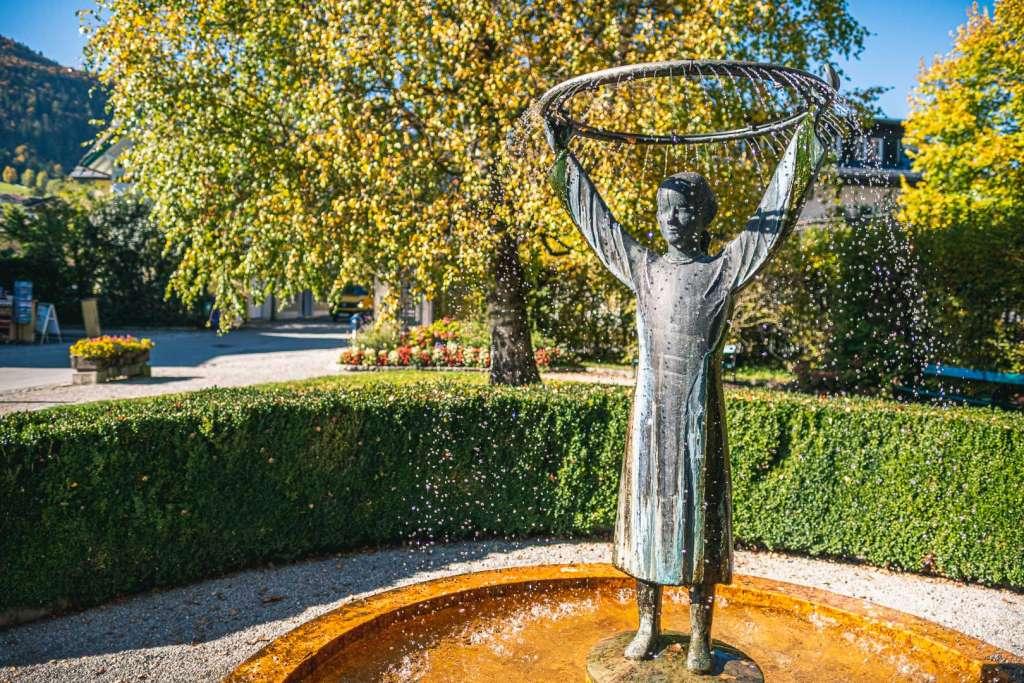 Mozart Denkmal von Toni Schneider Manzell in Sankt Gilgen