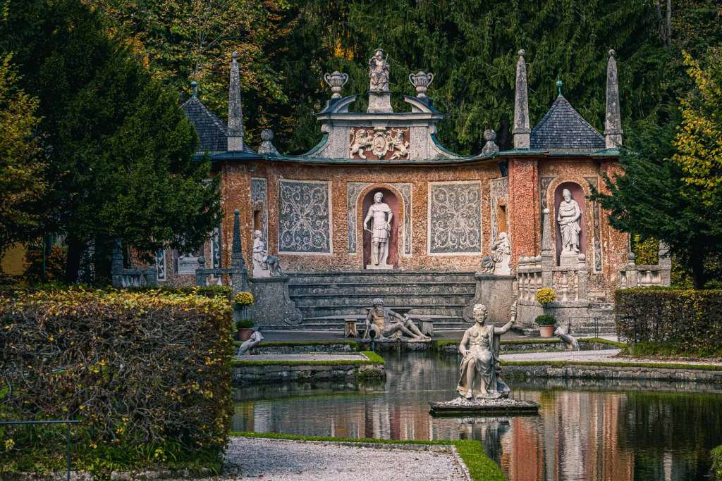Trick Fountain Tour in Hellbrunn