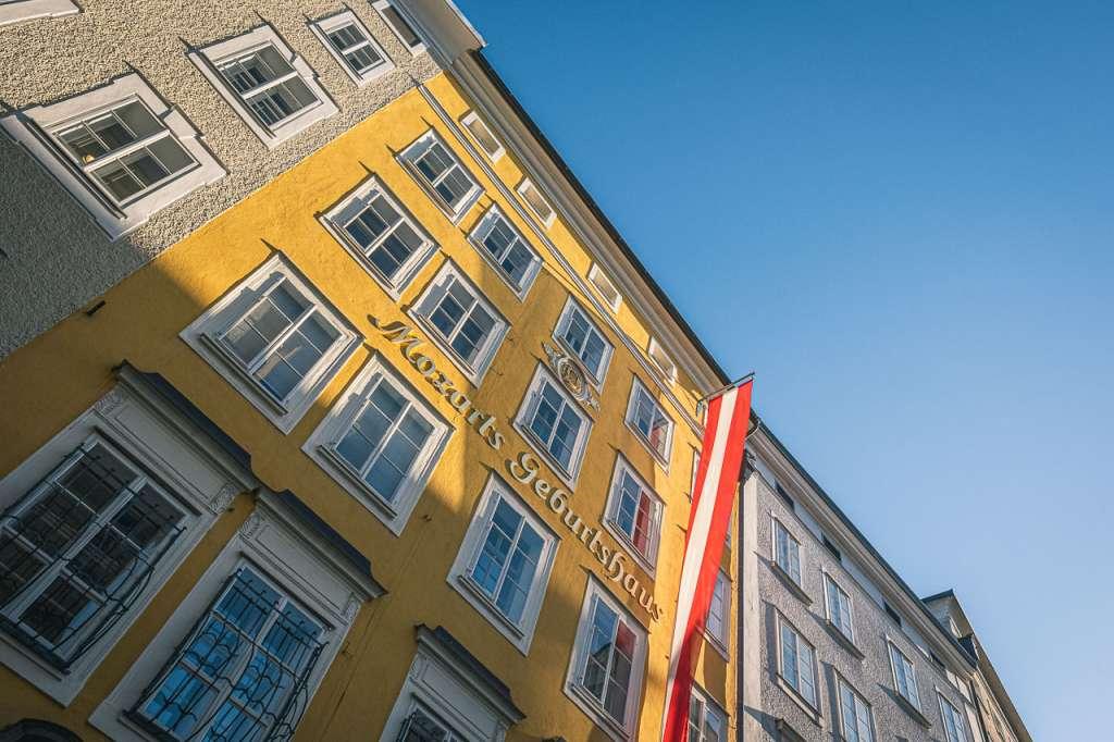 Mozarts Birthplace in Getreidegasse in Salzburg